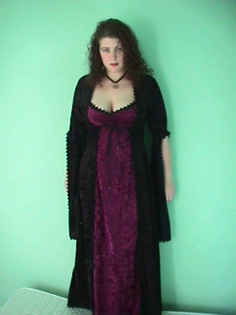 Sullen with a goth dress (purpose of page is to display an image)