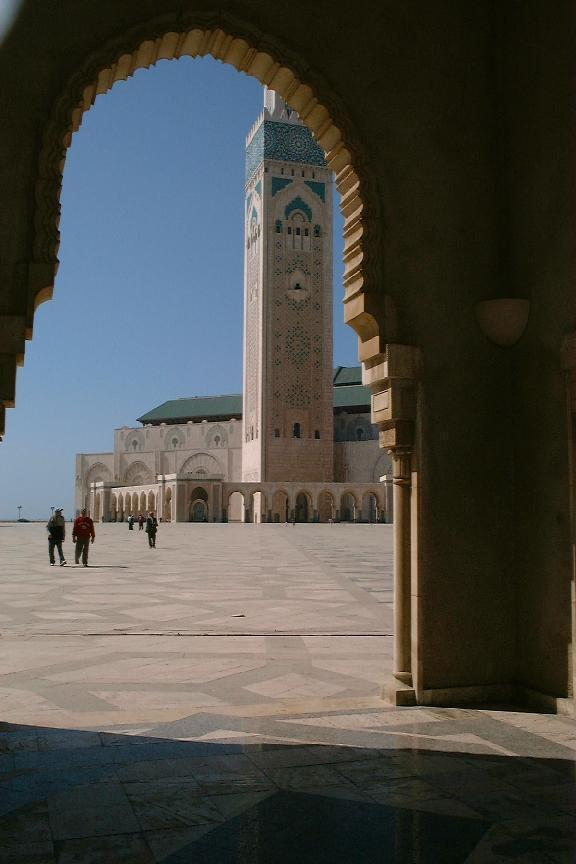 Grande mosquee de Hassan II (Casablanca, Morocco 21-05-2004) (purpose of page is to display an image)