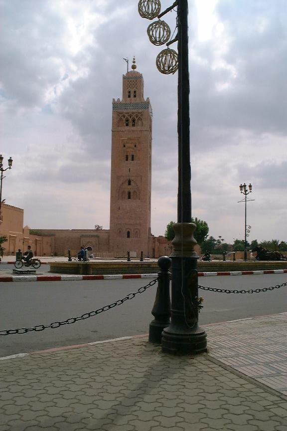 Mosquee Koutoubia (Marrakech, Morocco 22-05-2004) (purpose of page is to display an image)