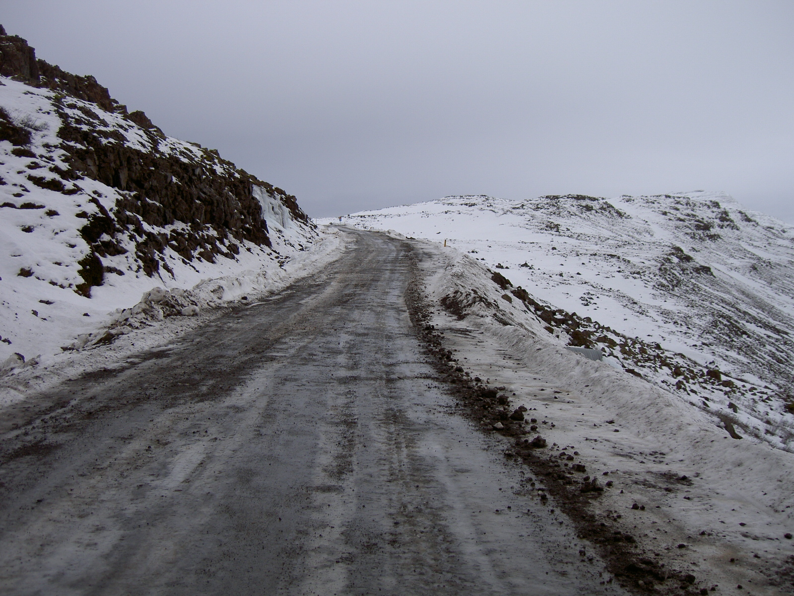 The impassable road at Trollahals (purpose of page is to display an image)